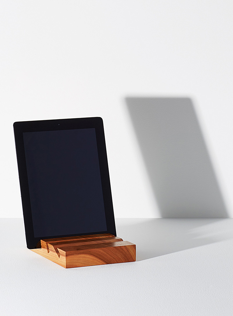 Cherry tablet stand - Us & Coutumes - Cherry Wood