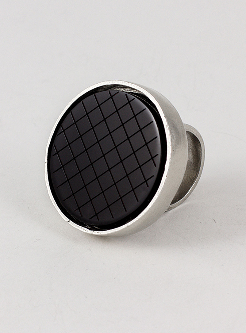 Anne-Marie Chagnon Dark Brown Swan circular ring