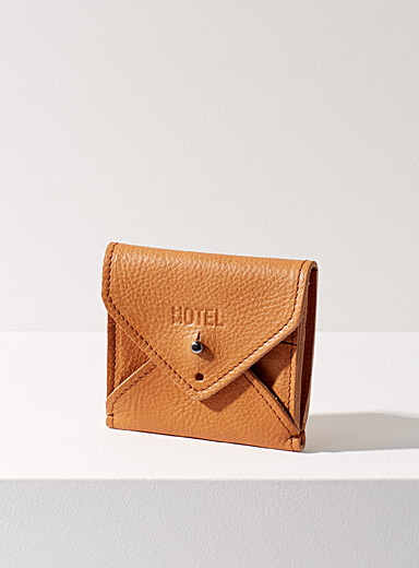 Leather envelope wallet