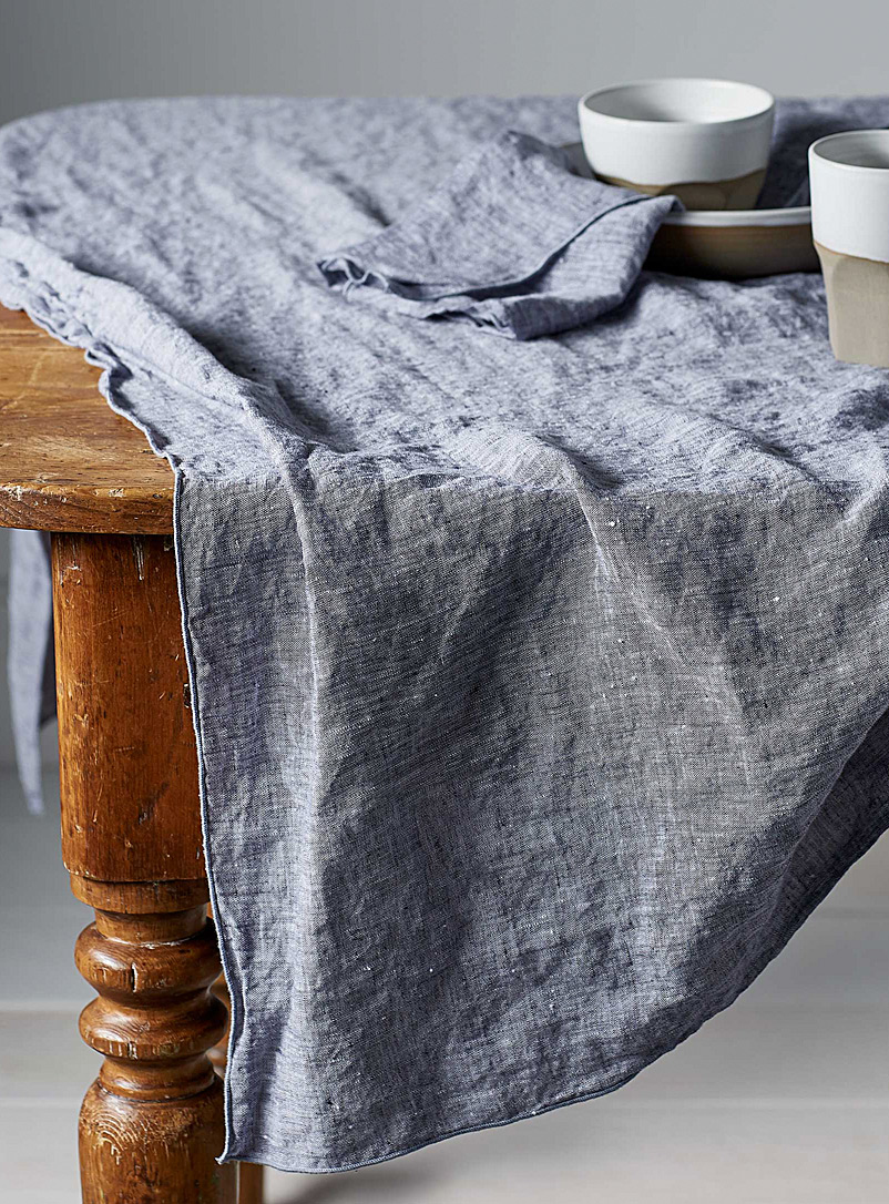 Chambray linen tablecloth - Objective - Baby Blue