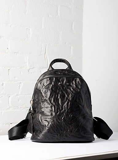 Uppdoo Black Journey small crinkled leather backpack