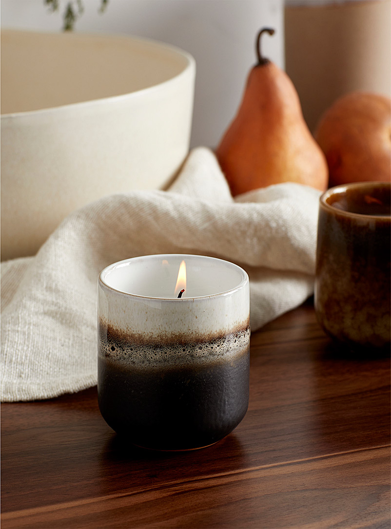 Two-tone ceramic candle