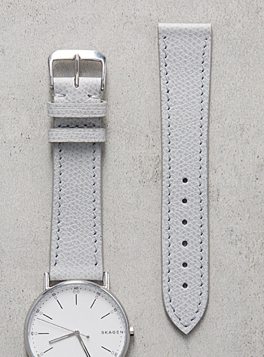 Impeccable grey watch band