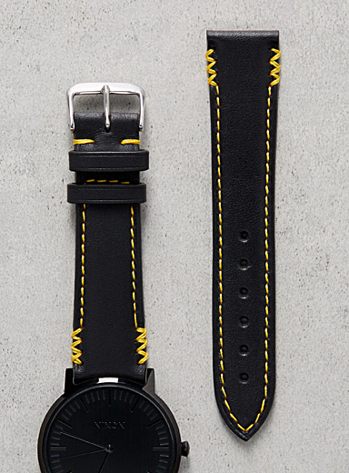 Remarquable yellow seam watch band