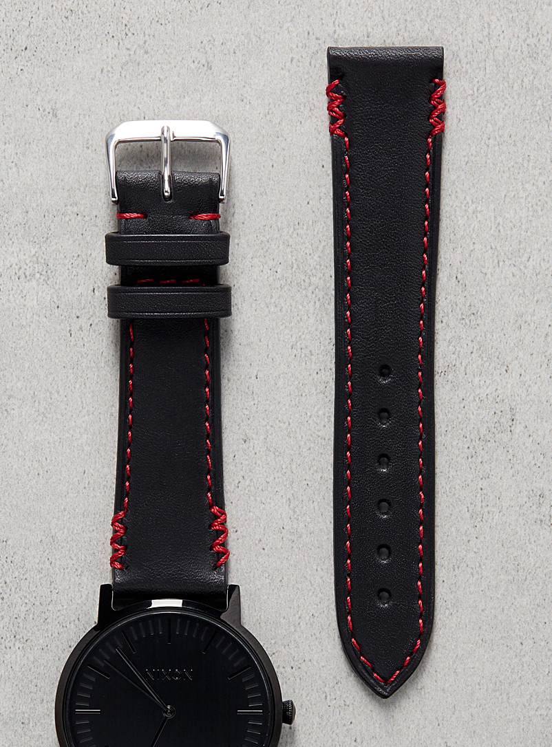 Diametris Red Remarquable red seam watch band