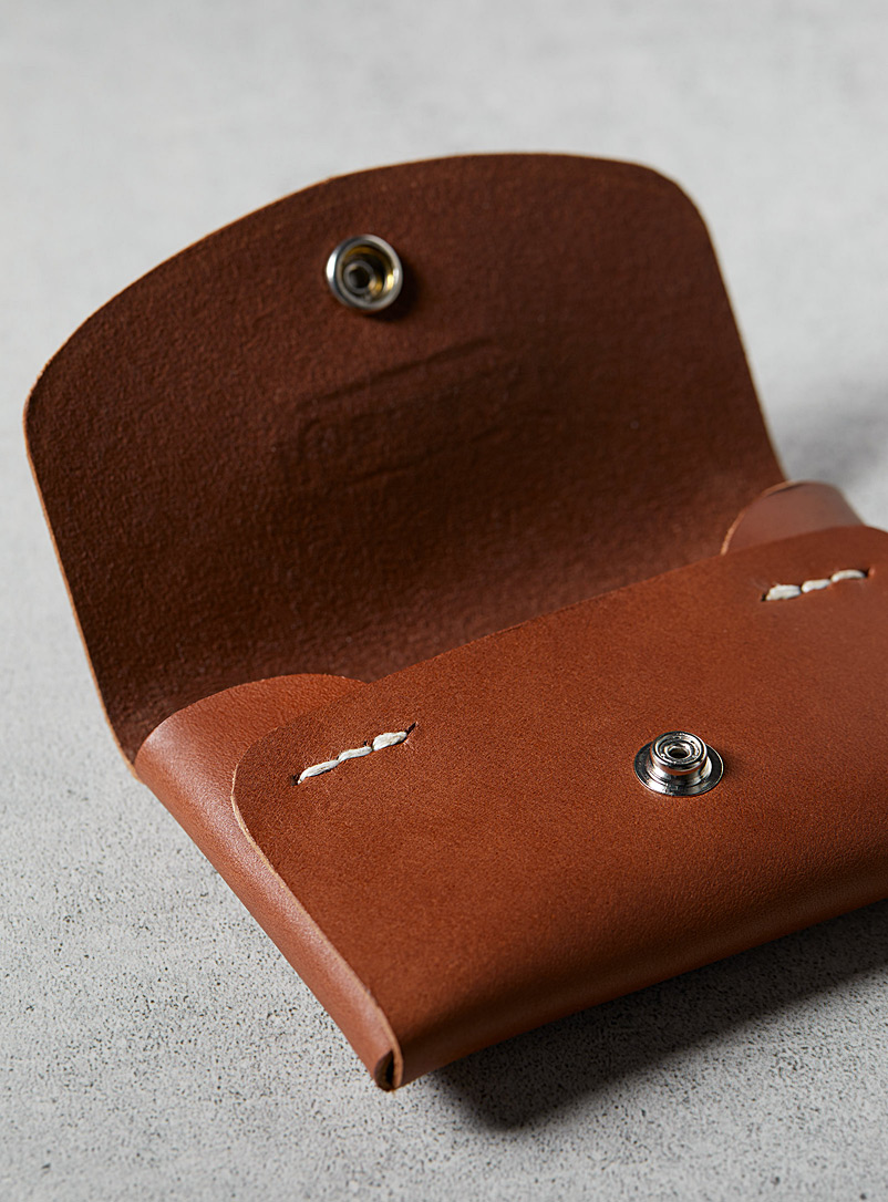 Minimalist leather card holder - La Compagnie Robinson - Brown