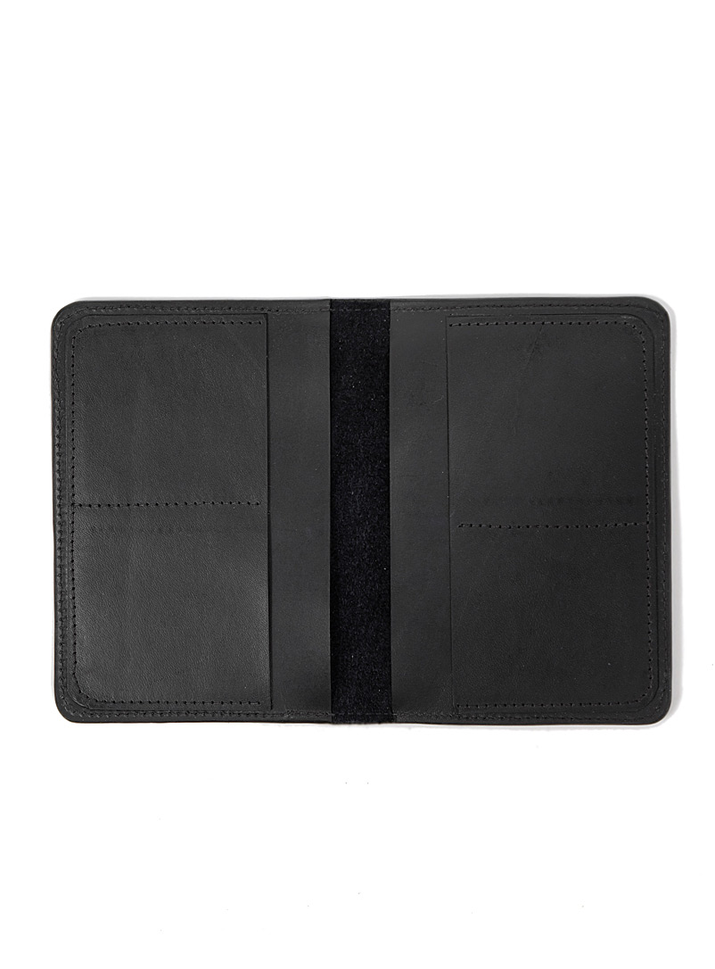 Miljours Black Müller passport holder