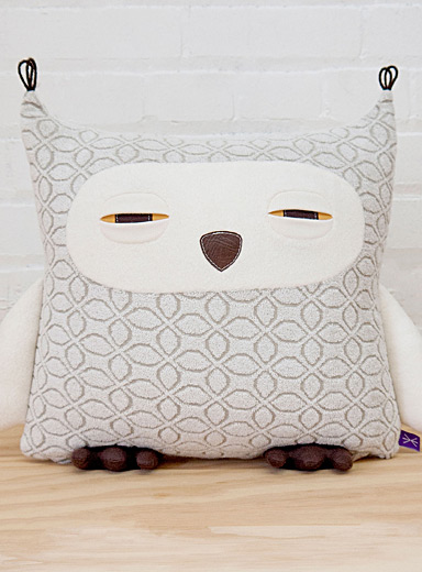 Owl cushion