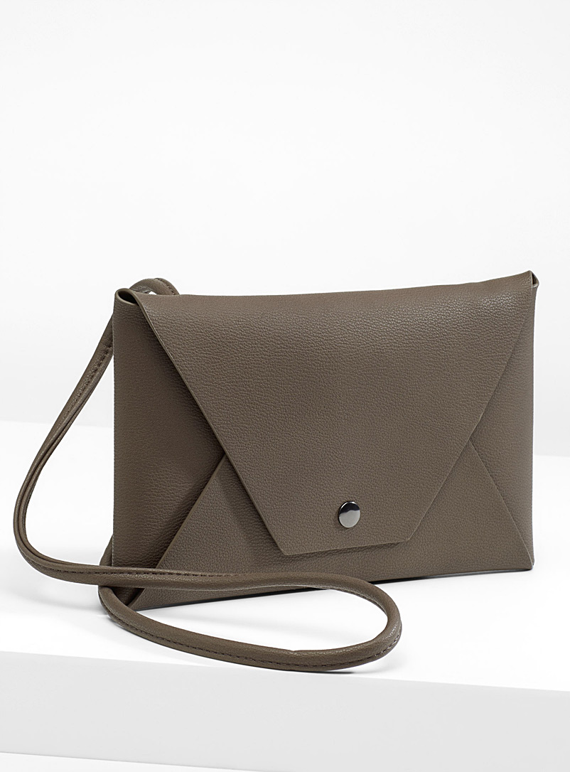 Minimalist envelope shoulder bag - Clutches and Minaudieres - Light Brown