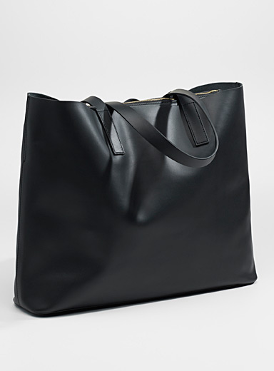Simons Black Leather tote and clutch for women