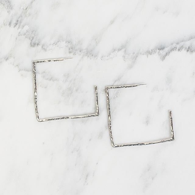 textured-square-hoops
