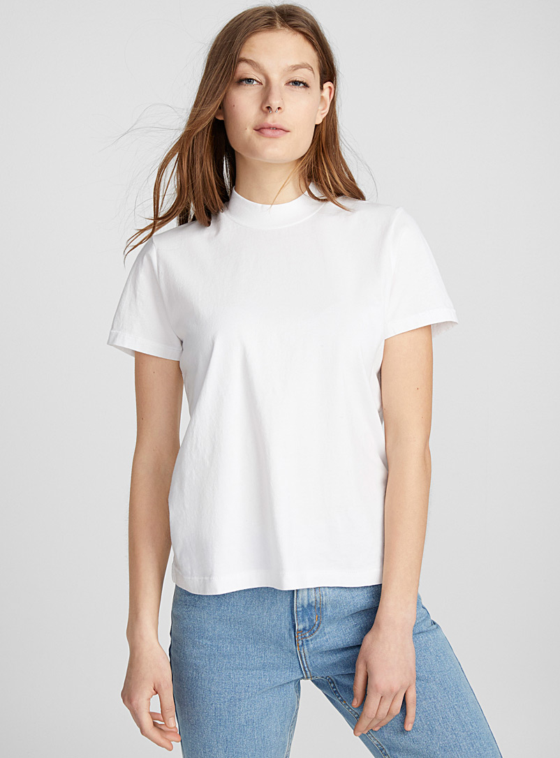 high-neck-organic-cotton-tee