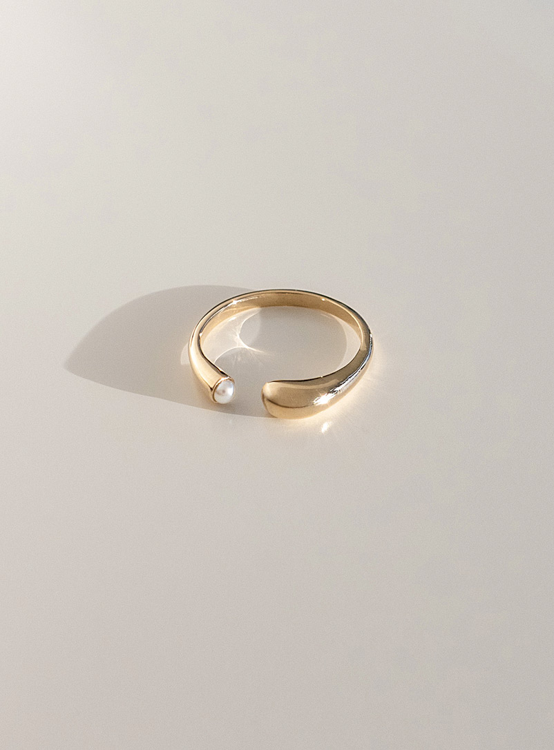 Cadette Assorted Eos gold pearl ring