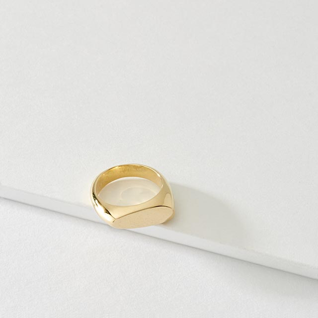 signet-asymmetric-brass-ring