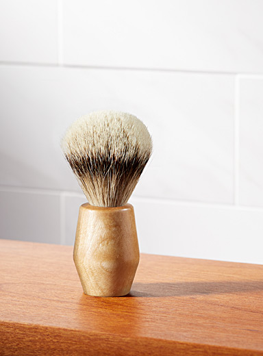 Engraved logo natural wood shaving brush