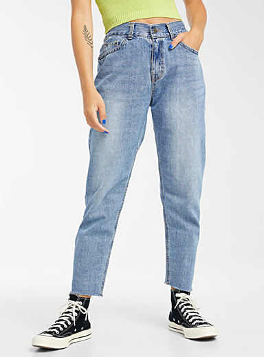 Elastic high-rise mom jean
