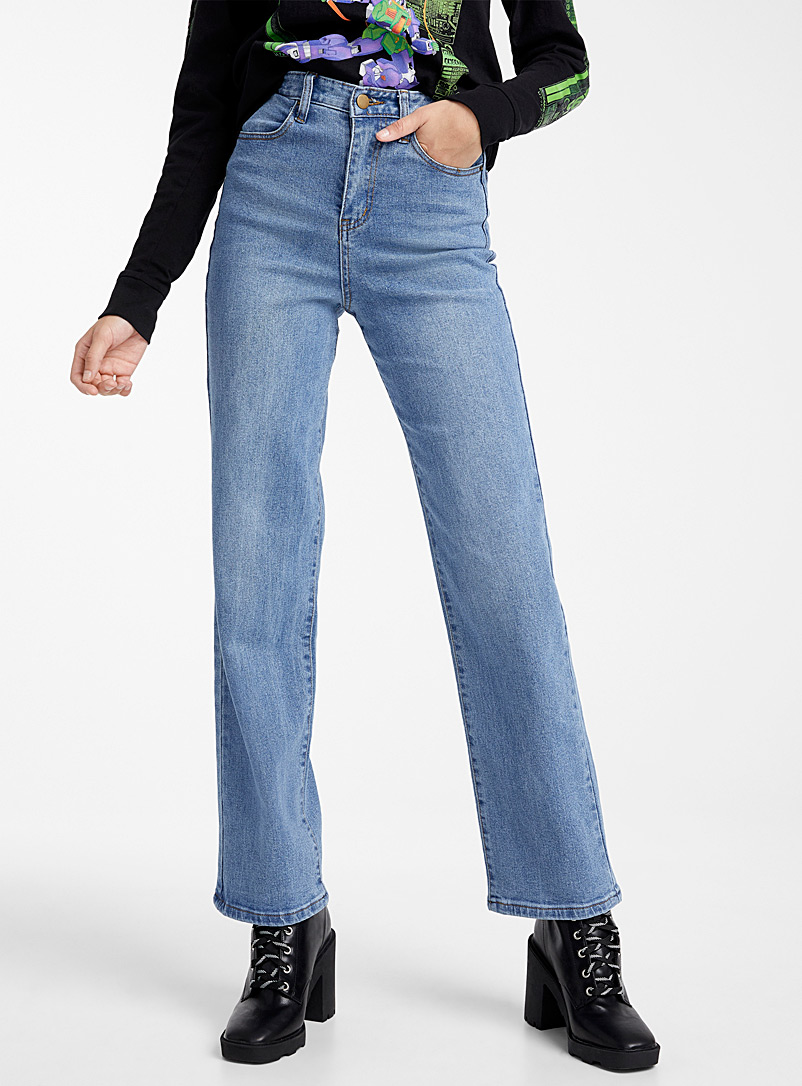 faded-blue-straight-high-rise-jean