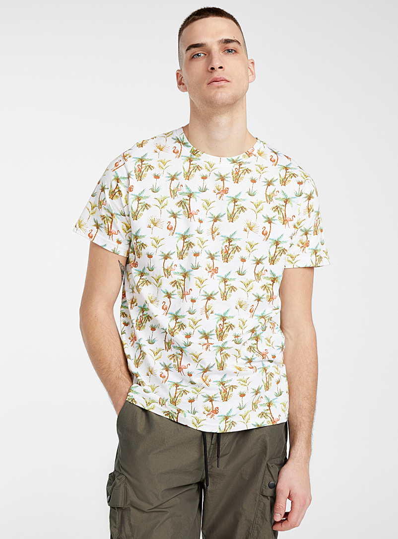 Super Massive White Tropical flamingo T-shirt for men