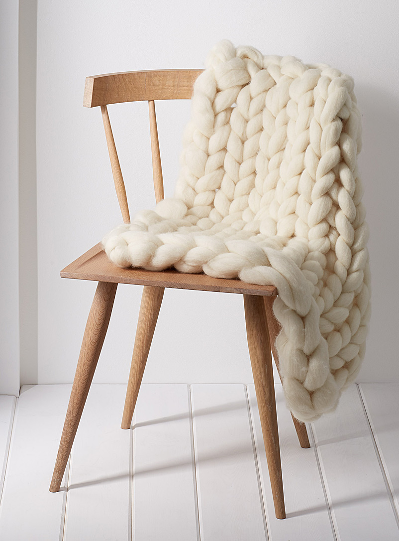 Gibou Cream Beige Small chunky-knit throw