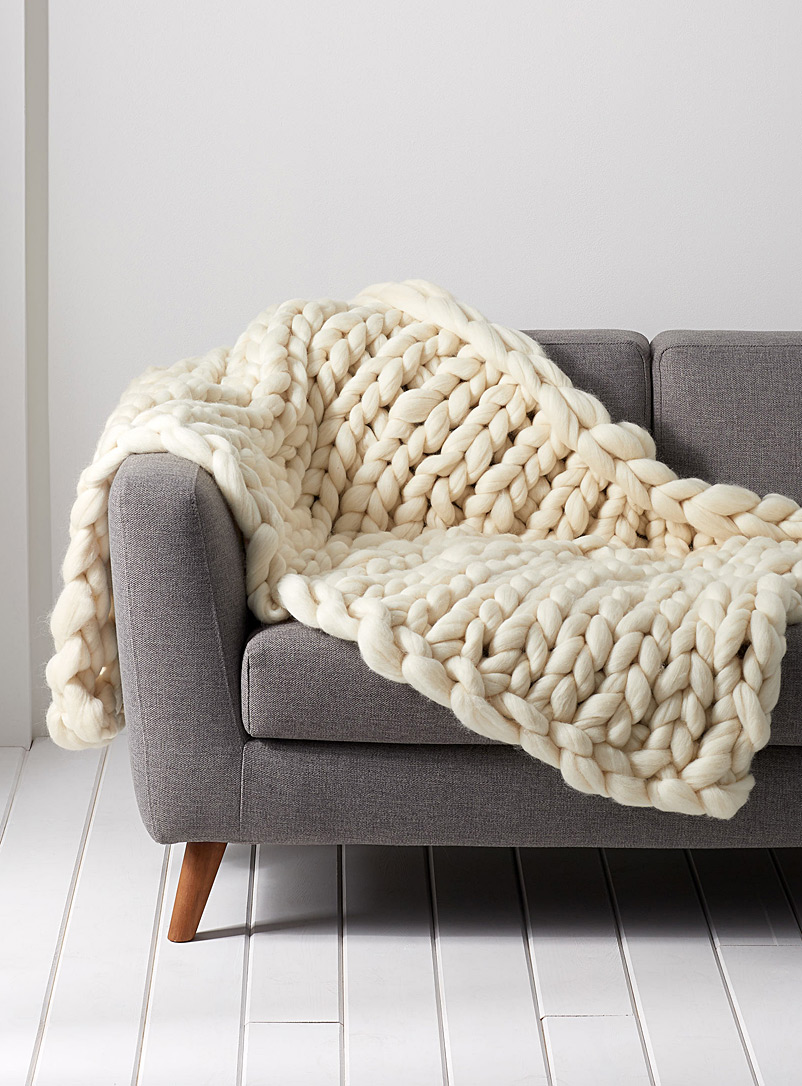 Gibou Cream Beige Large chunky-knit throw