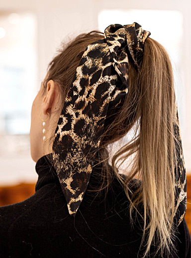 Leopard pattern edition scarf
