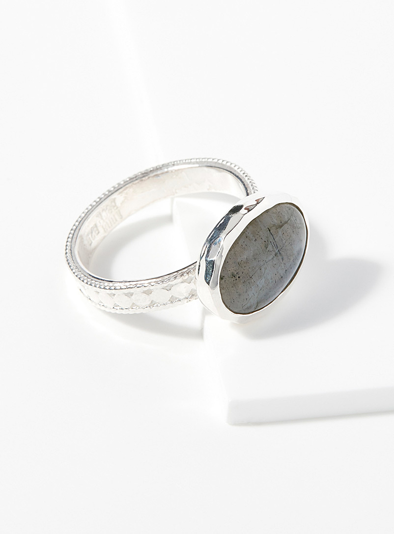 polished-labradorite-ring