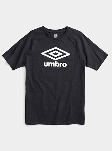 Umbro Black Textured logo T-shirt for men