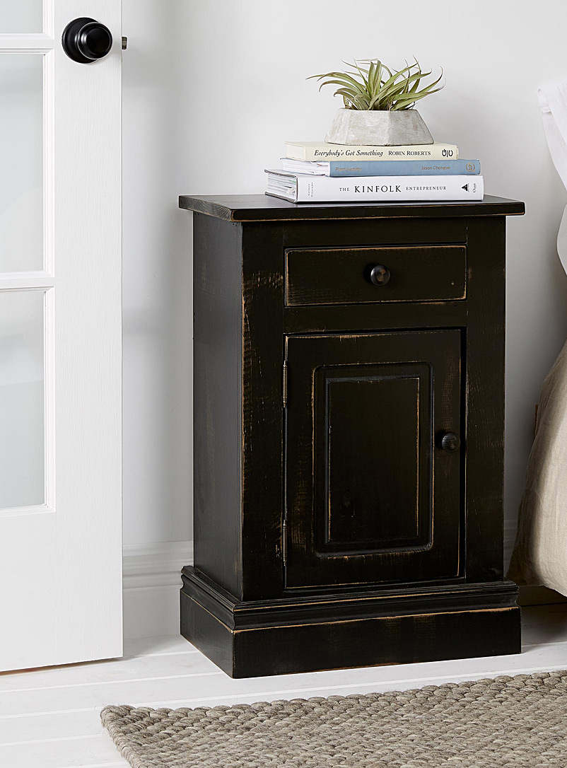 Springwater Woodcraft Black Rural nightstand