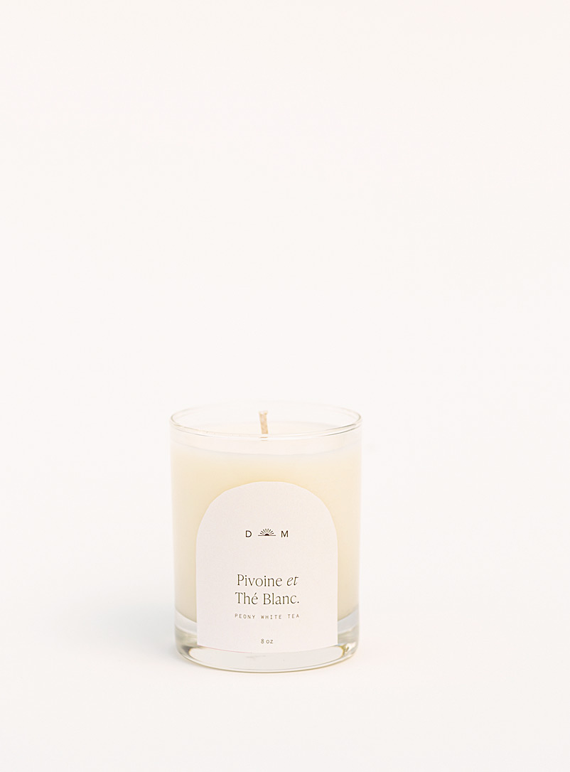 Dimanche matin White Peony and White Tea candle