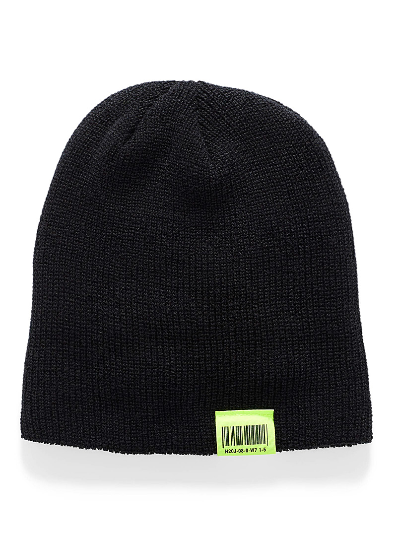 Simons Magenta Neon accent cuffed tuque for women