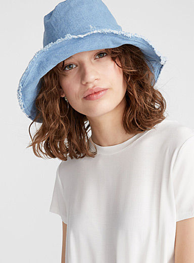 Articulated trim bucket hat