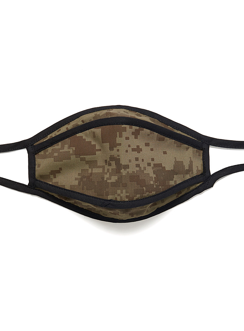 Le 31 Patterned Green Three-layer camo fabric mask for men