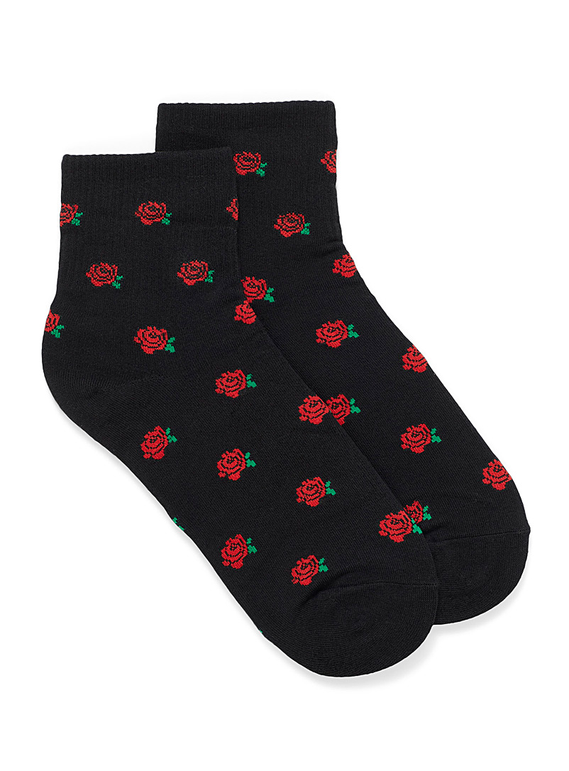 red-roses-ankle-socks
