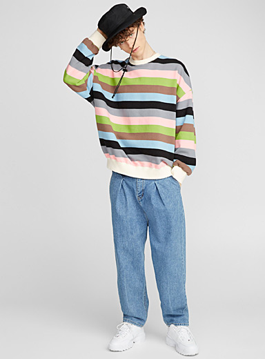 Le sweat rayures couleurs