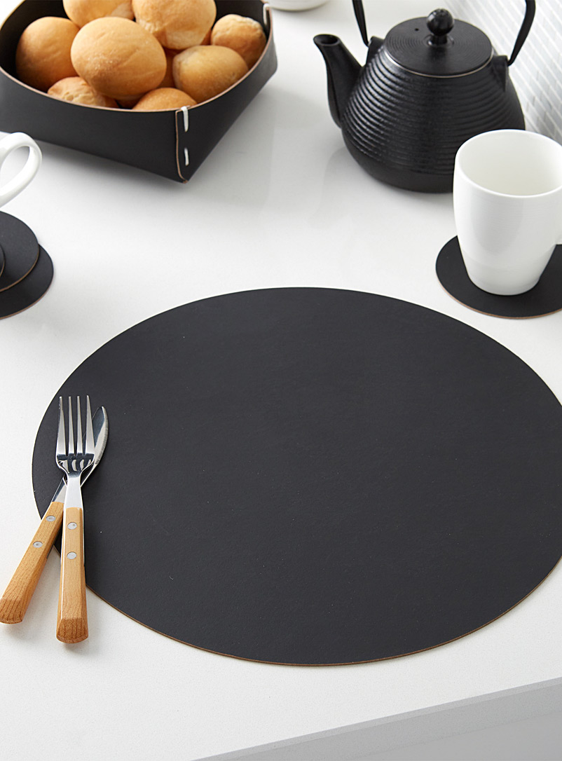 Vacavaliente Black Recycled leather placemat