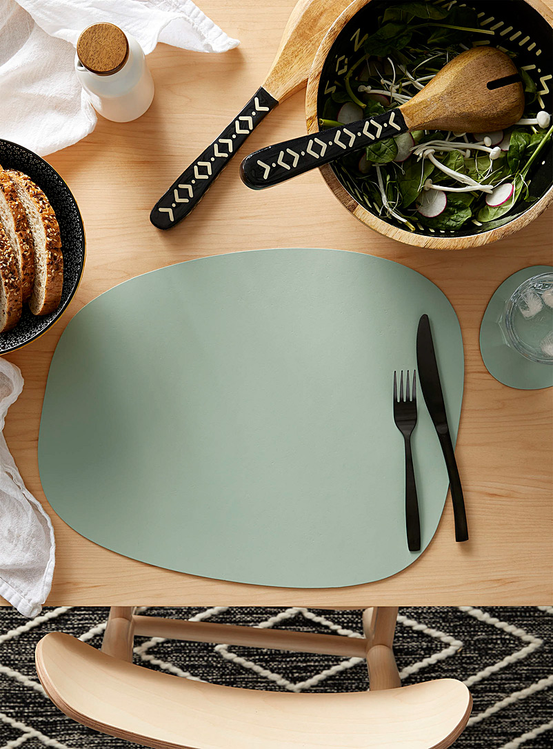 Vacavaliente Lime Green Recycled leather mint placemat