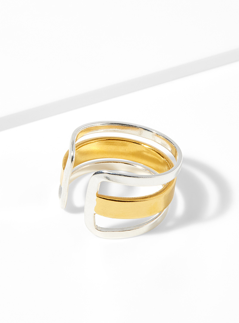 Metallic stripes ring - Designer Jewellery - Patterned Yellow