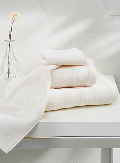 Luxuriously soft Turkish cotton towels