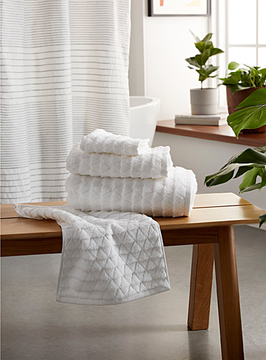 Prismatic Turkish cotton towels