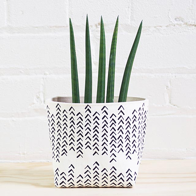 follow-the-path-small-basket-2-sizes-available