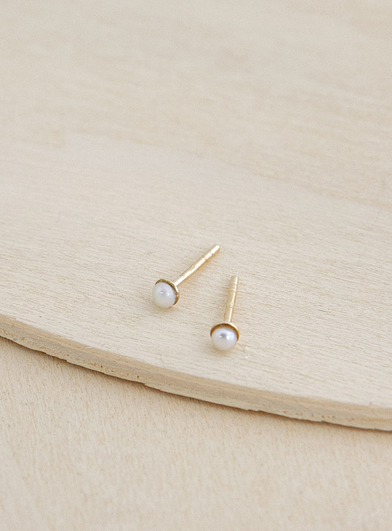 Camillette Gold Single pearl solid gold stud earrings