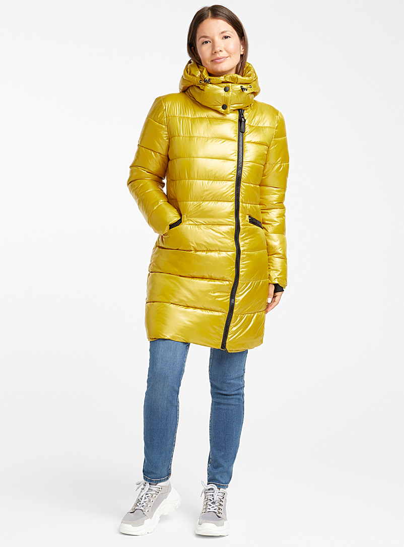 justine-off-centre-zip-shiny-puffer-jacket