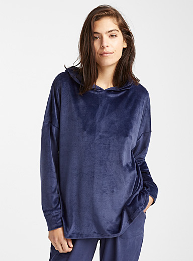 Velvety night hooded sweatshirt