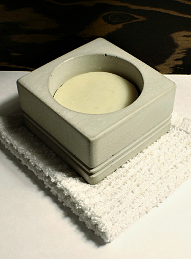 Tibéria Almond Soap and concrete bowl set