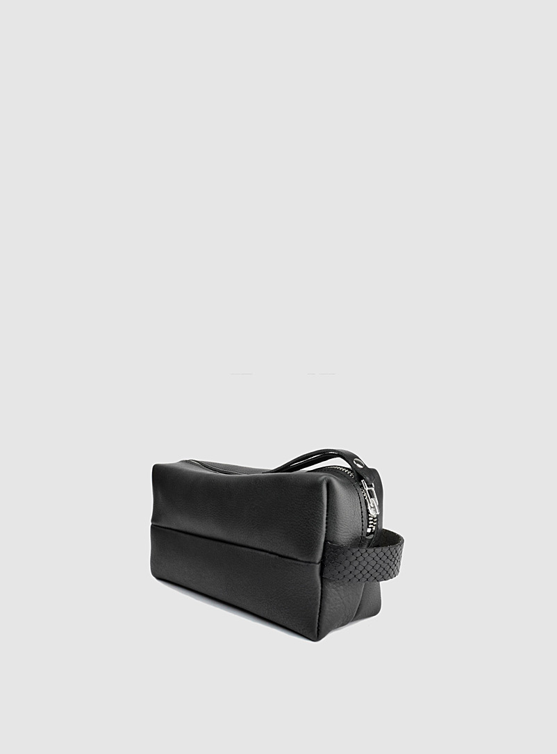 Sonya Lee Black Dopp kit