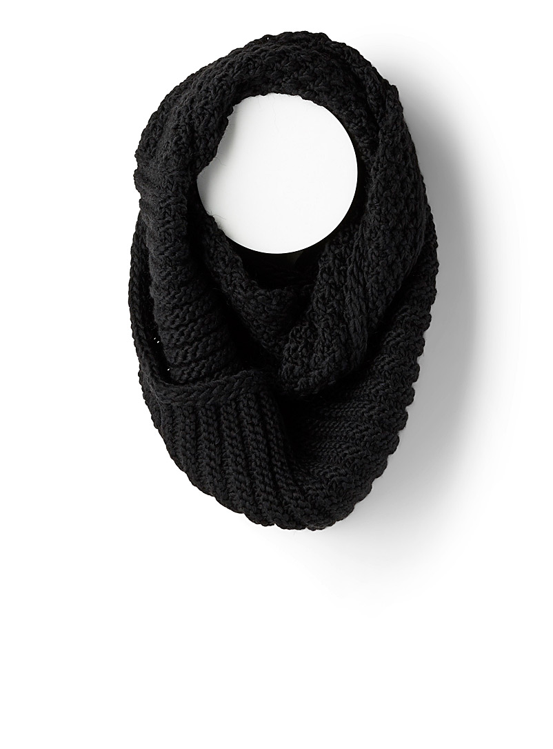 two-pattern-knit-infinity-scarf