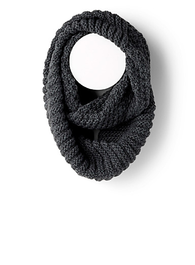 Two-pattern knit infinity scarf