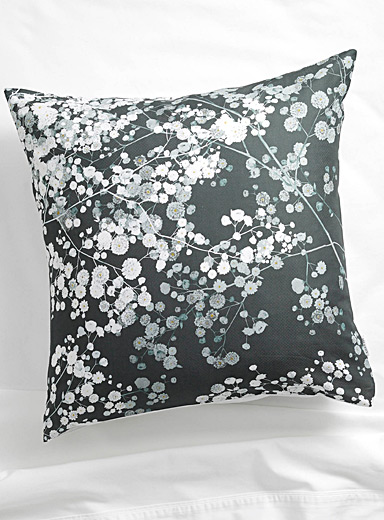 Dreamy bouquet Euro pillow sham