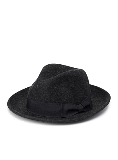 Black bow fedora
