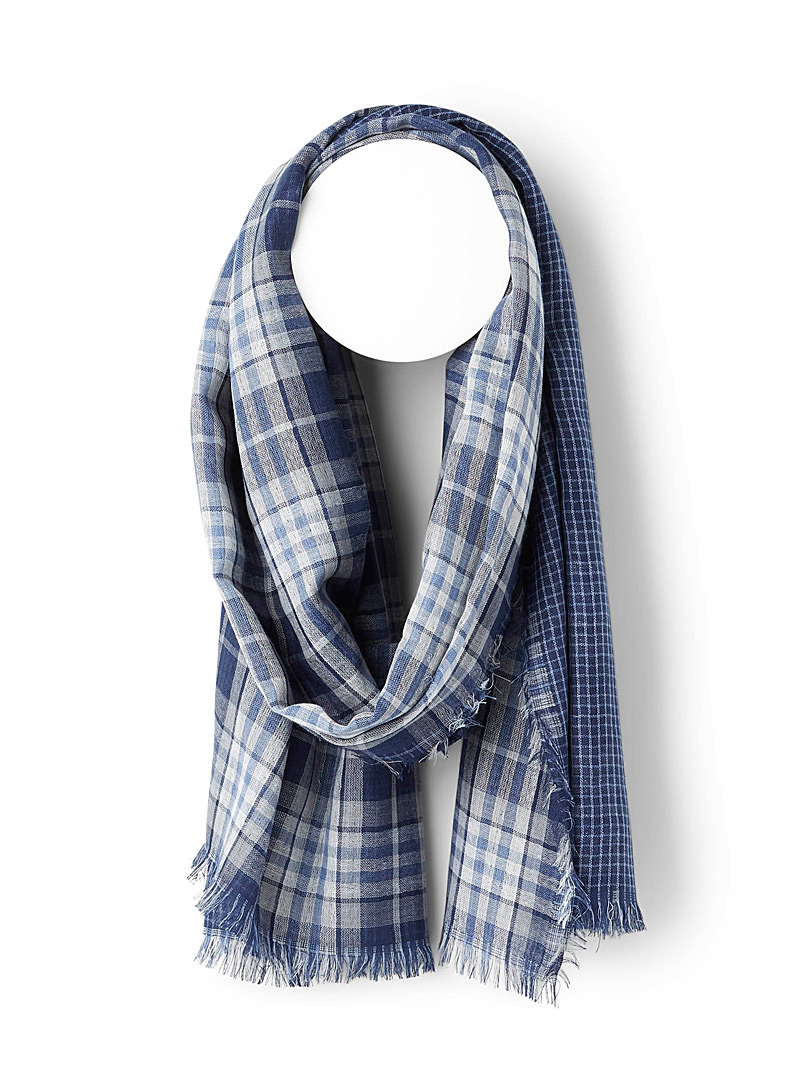 Simons Patterned Blue Checked reversible scarf for women